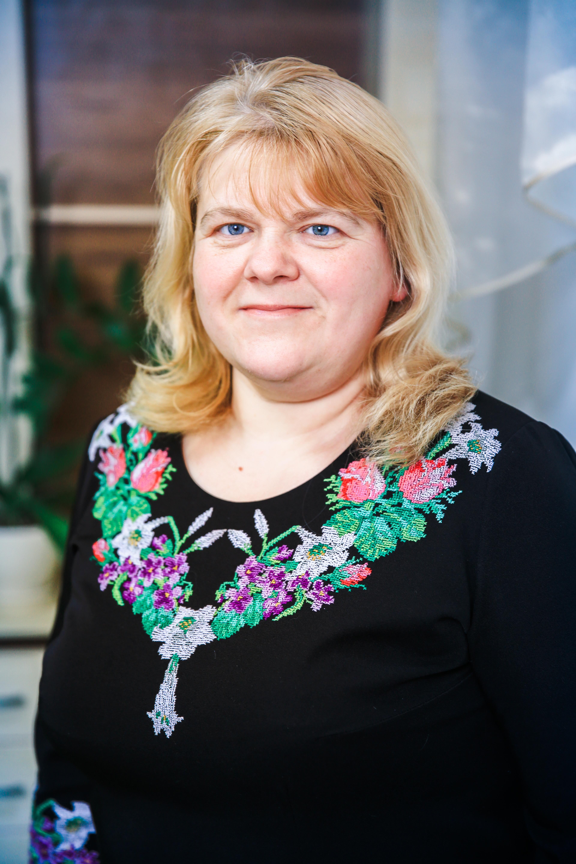 Романчук Світлана Миколаївна вчитель української мови та літератури